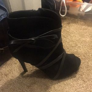 Black peep toe bootie